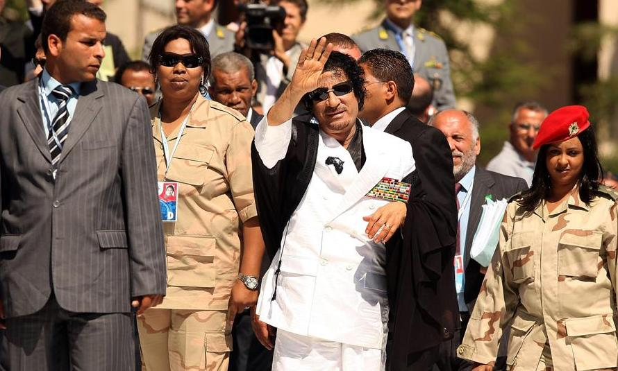 Libyan leader seeks friends on Facebook